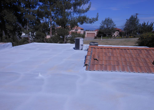 Spray roofing services in Riverside